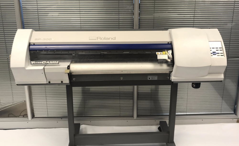 Roland VersaCAMM™ SP-300V Print & Cut Eco Solvent Printer